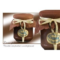 Crema spalmabile alle nocciole e cioccolato fondente 200 gr.